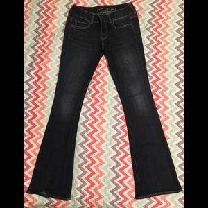 American Eagle Jeans Artist Stretch Sz 2 - AEO